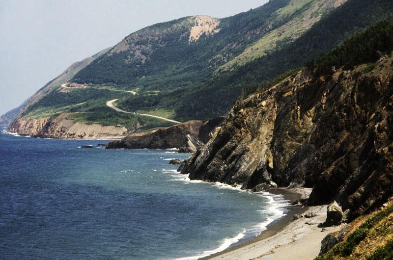 Coastal Explorer: 1/2 Day Guided Hike and Cape Breton Pottery